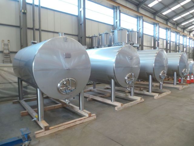 4 x 6.2m³ AISI304L stainless-steel horizontal storage tank
